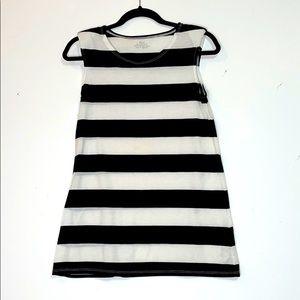 Stripes shoulder pad top